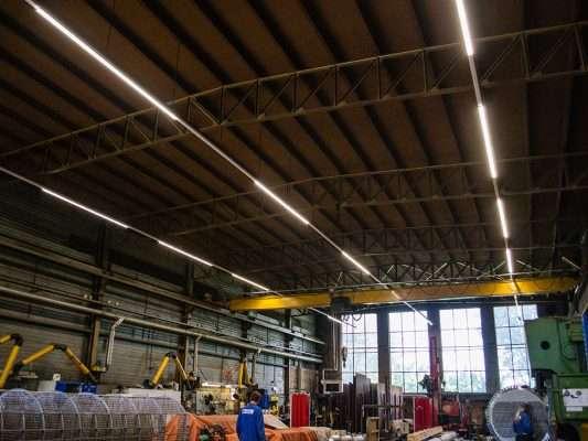Productiehal Oostendorp Apparatenbouw te Tiel